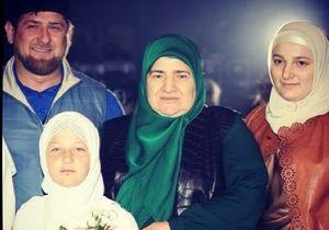 Семирічна дочка Кадирова, яка знає Коран напам ять, випустила четвертий кліп