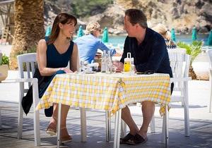 Британський прем єр вирішив відпочити з сім єю на Ібіці