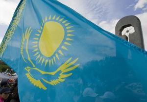 У Казахстані депутат закликав прирівняти геїв до злочинців