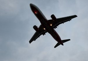 Відлуння  люмпен-теракту : пакистанському літаку відмовили у посадці в Манчестері, були підняті винищувачі