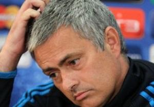 Моуринью  пропустит два кубковых матча в своем новом клубе