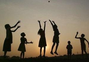 У Латвії націоналісти підготували законопроект про перехід дитячих садків на державну мову