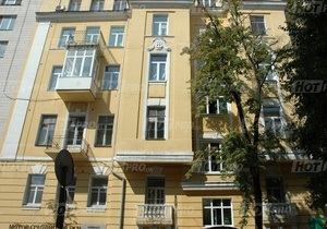Новини Києва - пожежа - На Печерську у житловому будинку сталася пожежа