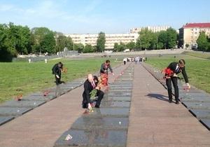 День Перемоги - Київ - Львів - міліція