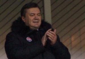 Янукович пожелал Севастополю обыграть Шахтер в Кубке Украины