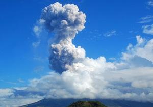 Філіппіни - виверження вулкана