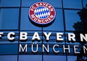 Баварія відхрестилася від контракту з нападаючим Борусії