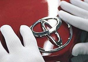Toyota - новини - продажі - падіння - Китай
