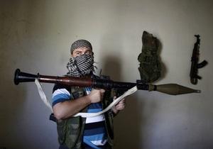 На боці повстанців у Сирії воюють сотні європейців - експерти