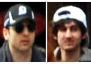 Царнаєв - теракти в Бостоні - Після теракту Царнаєви їздили Бостоном на BMW з номером Terrorista #1