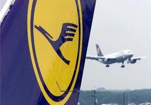 Lufthansa отменила почти все рейсы на понедельник