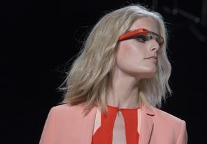 Google Glass заборонили позичати