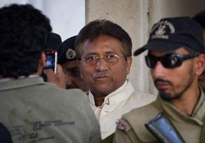 Заарештований екс-президент Пакистану втік із зали суду