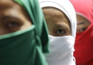 Індонезія - Ачех - жінки - права - заборона - метеоризм