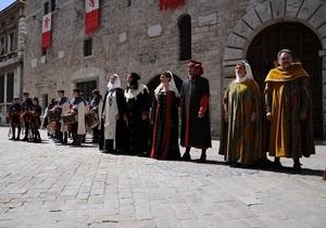 Італія - Нарні - Середньовіччя - фестиваль - туризм