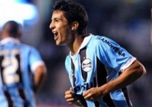 Греміо хоче залишити гравця Динамо у Бразилії