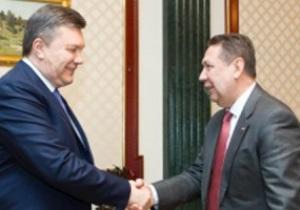 Виктор Янукович искренне поздравил сборную Украины с победами над Польшей и Молдовой