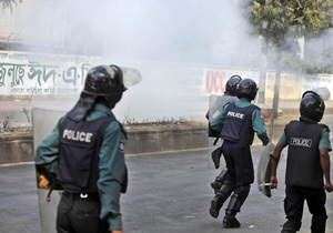 У Бангладеш у зіткненнях ісламістів з поліцією загинули три людини