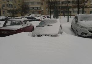новини Києва - сніг - сміття - погода - Київська влада рапортує про відновлення вивезення сміття у столиці