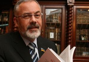 Табачник - МОНМС - Минобразование потратит сотню миллионов на учебники, заказав книги дороже 300 гривен