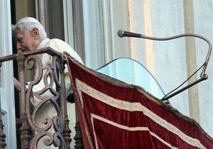 Американка зробила портрет Бенедикта XVI з 17-ти тисяч презервативів