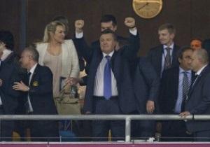 Не на фарт? Почему Януковичу не стоит посещать матчи сборной Украины