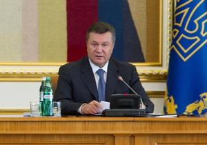 Янукович наказав до кінця червня розібратися з LNG-терміналом