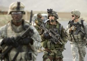 Командир військ НАТО в Афганістані звинуватив Карзая у розпалюванні ненависті