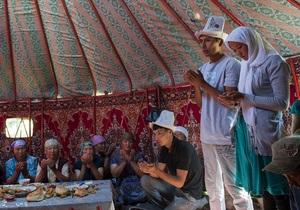 Корреспондент: Киргизькі полонянки. У Киргизстані давній звичай викрадення нареченої набув кримінальних рис