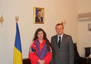 Анхар Кочнєва - полон - Сирія - Анхар Кочнєва передана в посольство України в Сирії