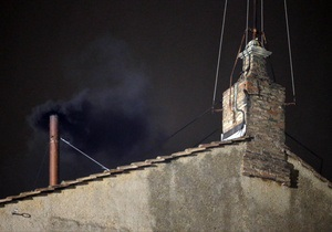 Ватикан - вибори папи римського - Ватикан розкрив склад забарвлення диму, що інформує про вибори понтифіка