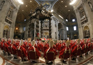 Папа не обраний: Над Сікстинською капелою - чорний дим