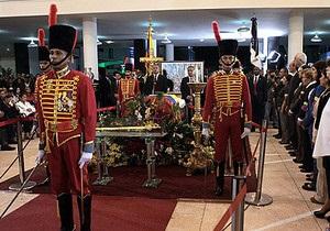 новини Венесуели - смерть Уго Чавеса - похорон Чавеса