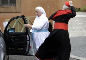 Кардинали обговорили фінансові скандали і не змогли призначити дату конклаву