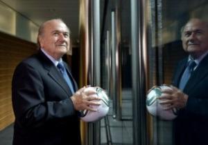 Блаттер не собирается проводить чемпионат мира по футболу зимой