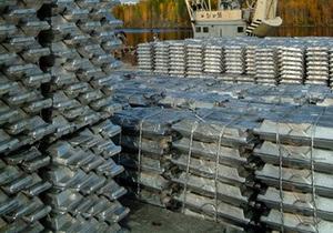 Прибыль крупнейшего российского производителя алюминия сократилась почти в 7 раз