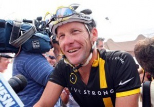 Армстронг не намерен возвращать призовые, полученные за победы на Тур де Франс