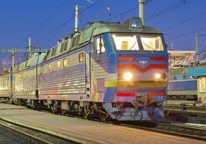 После замечаний Януковича глава мининфраструктуры встретился с профсоюзами, дав обещание не  отдавать железные дороги в частные руки