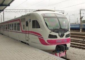 На Львовской желдороге впервые за 15 лет появился новый дизель-поезд украинского производства