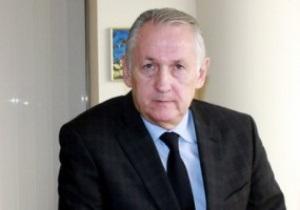 Сборная Украины по футболу официально встретит Новый год без тренера