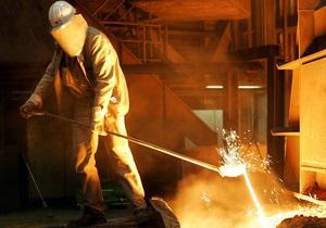 Корреспондент: Украинские металлурги закрывают предприятия и выгоняют на улицу тысячи людей