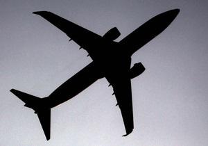 Air Onix в марте откроет первый рейс в Евросоюз - самолет в Словакию - Братислава - семья Азаровых