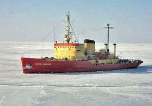 Из-за резкого похолодания единственный в Украине ледокол вышел в море