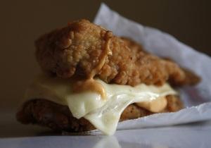На этой неделе в Киеве откроется первый фастфуд KFC