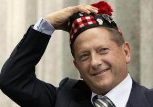 Шотландский клуб литовского олигарха просит денег у болельщиков