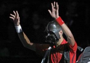 Джокович стал Дартом Вейдером и сенсационно вылетел с парижского Мастерса