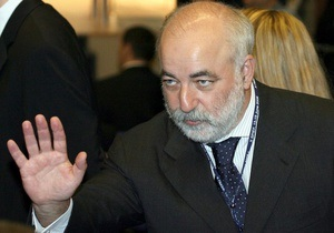 Суперсделка между Роснефтью и ТНК-BP возвела Вексельберга на первое место в рейтинге самых богатых россиян