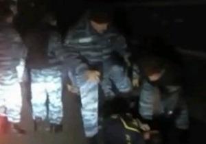 Милиция проверит факт избиения болельщика Металлиста в Киеве Беркутом