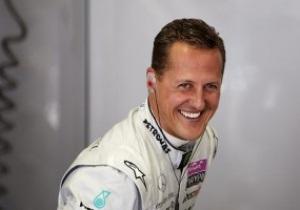 Шумахер: Феттель неплохо бы смотрелся в Ferrari