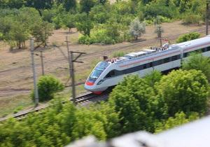 Первый скоростной поезд украинского производства обогнал Hyundai